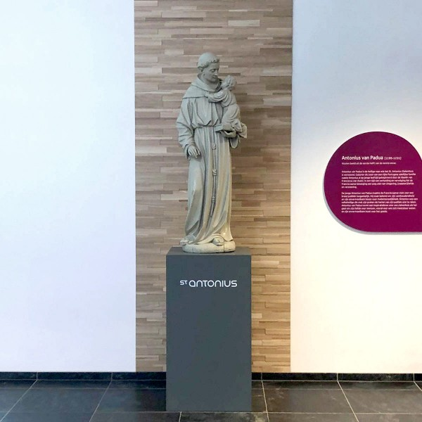 Standbeeld St. Antonius